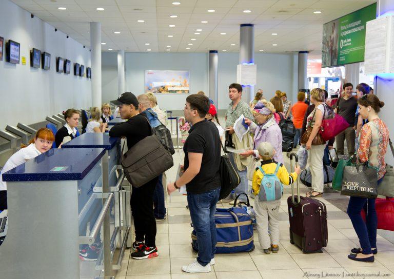 Кейс: Как 6 жителей Саратова добились посадки на рейс из Израиля