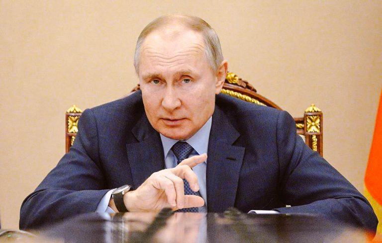 Держать в стране россиян власти не собираются